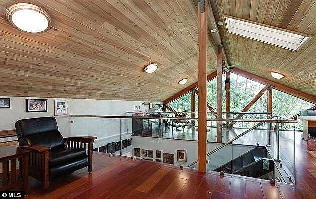 Дом Меган Фокс в Лос-Анджелесе, Калифорния, США (Толука Лейк) 3