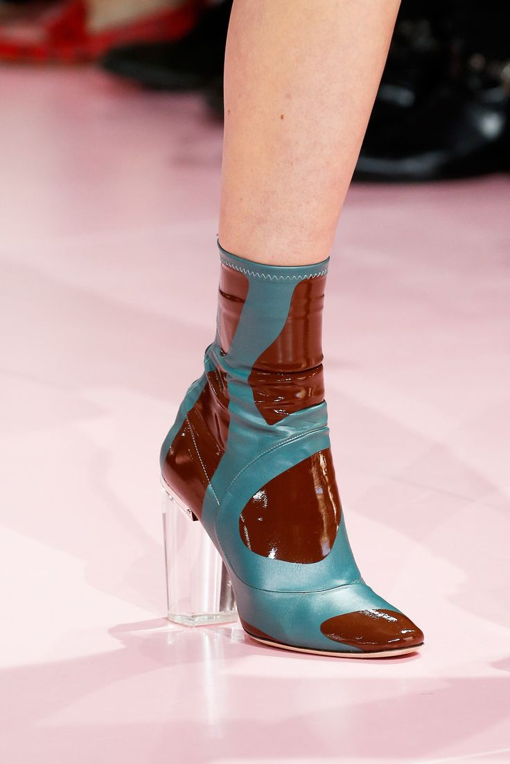 Латексные ботиночки и сапоги 2