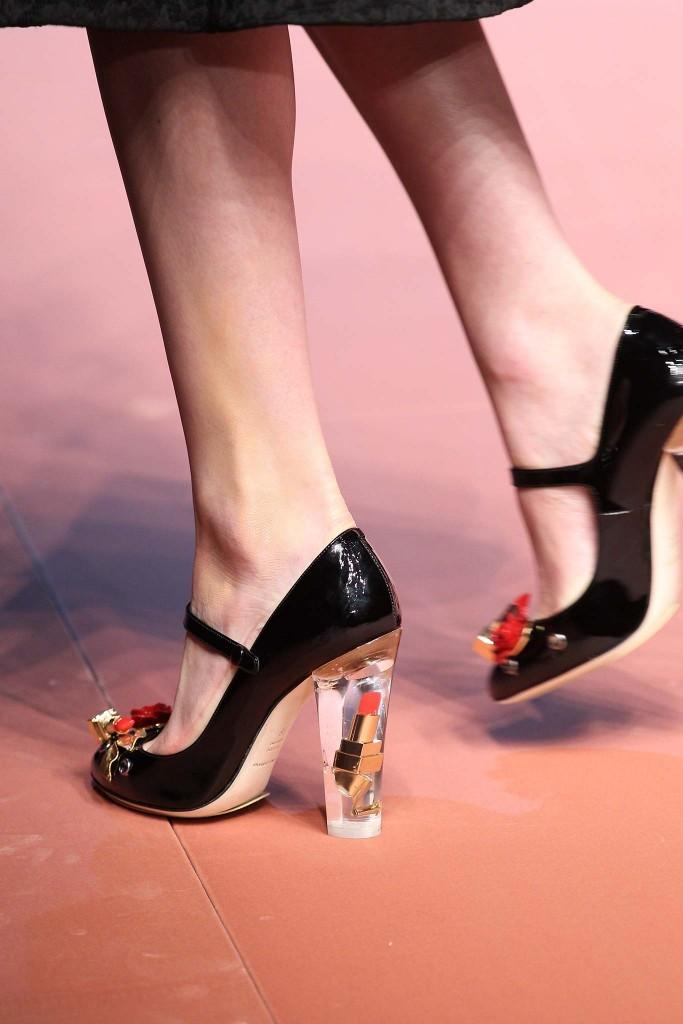 Обувь с украшениями 3