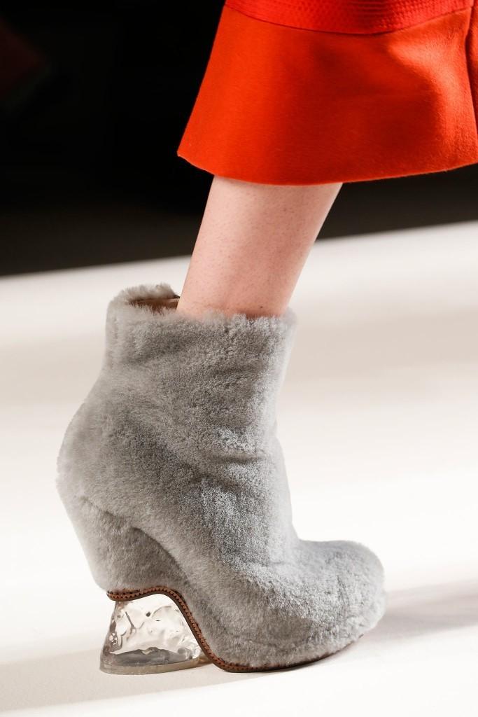 Пушистая обувь 3