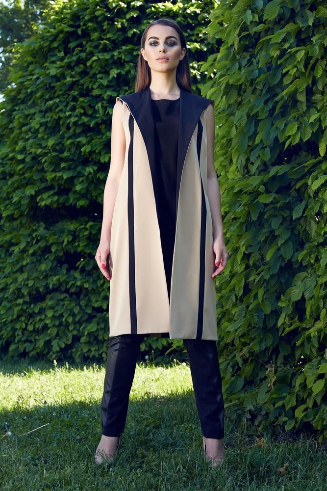 Вертикальные линии в одежде помогут стать визуально выше 3