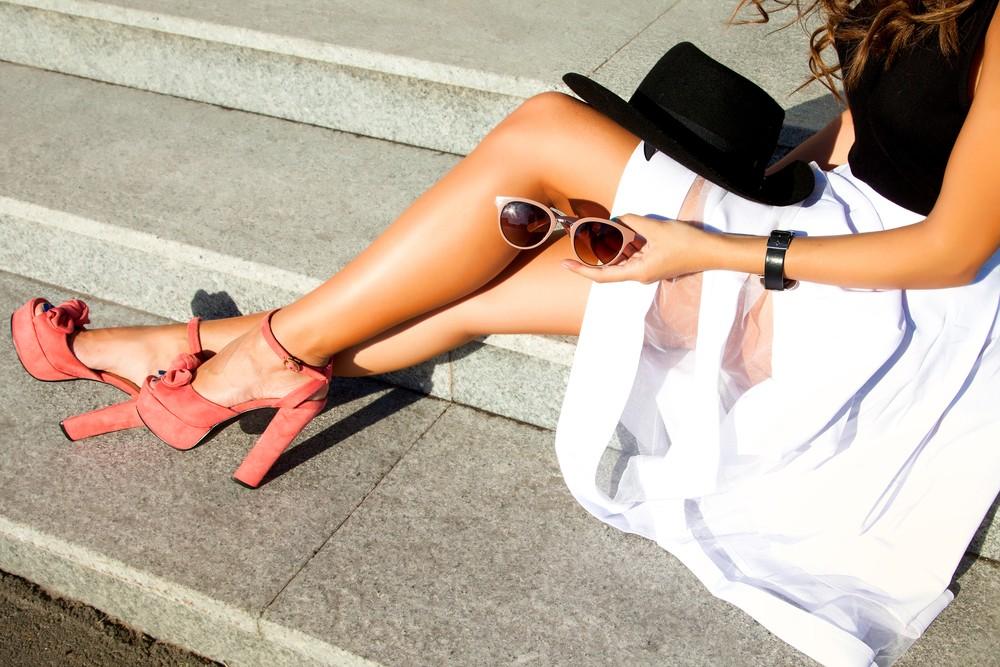 Обувь на высоком каблуке делают ножки стройнее