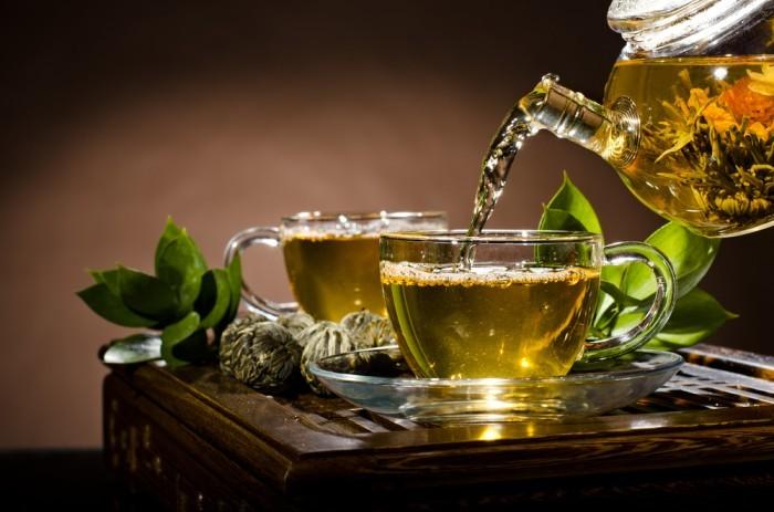 Напиток из зеленого чая и гуараны