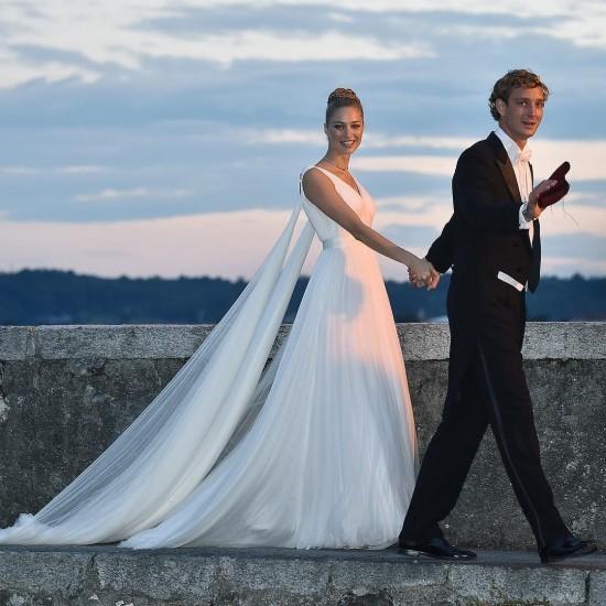 Пьер Казираги показал молодую жену в шикарном свадебном наряде