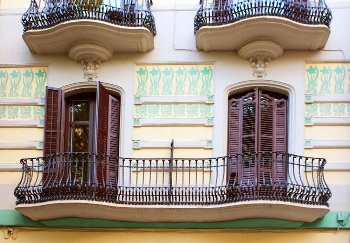 Балконы в Барселоне