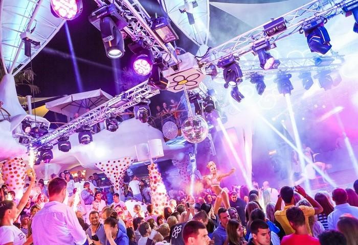 Ночные клубы манят тебя камеди клаб ночной клуб в ставрополе