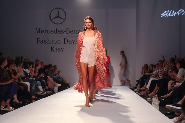 5 самых ярких показов Mercedes-Benz Kiev Fashion Days. Часть 4: девичьи грезы от Anna October