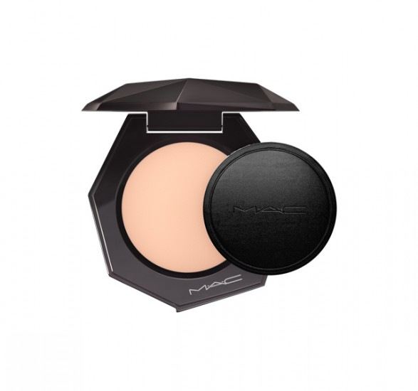 Пудра mac SHEER MYSTERY POWDER