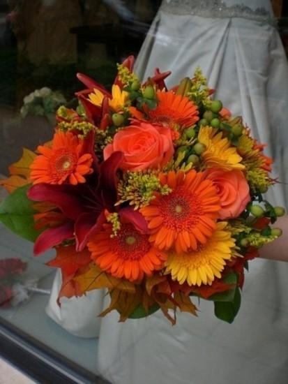 букет невесты из гербер, лилии и роз