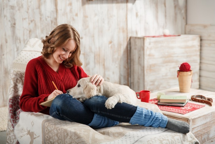 Девушка и собака