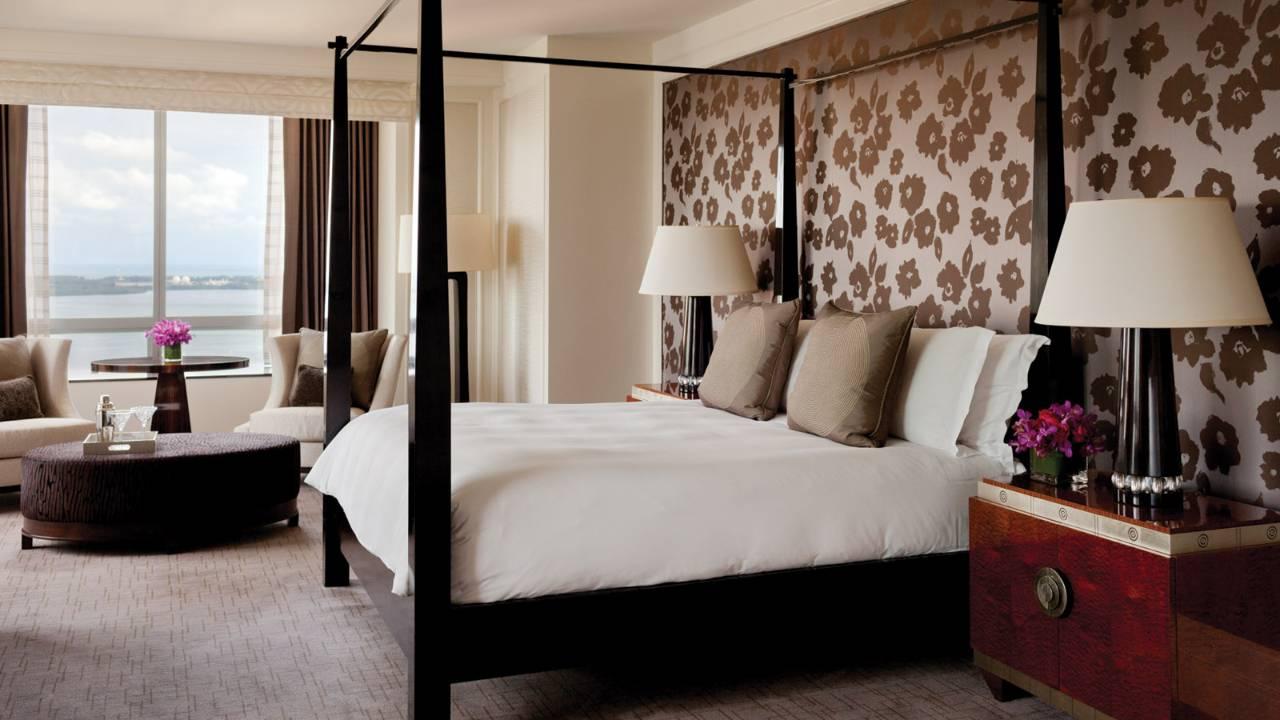 Four Seasons Hotel Miami 6