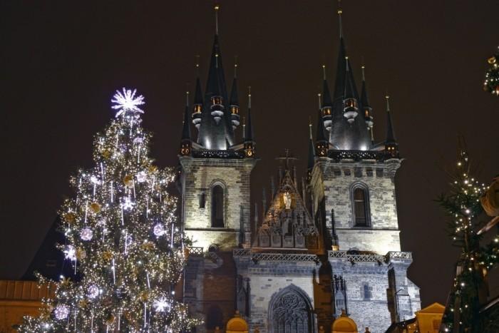 город для празднования Рождества