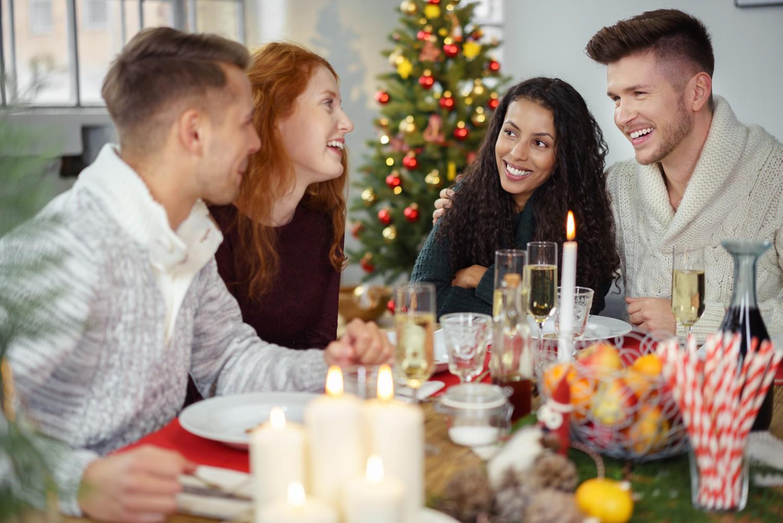Делай паузы между блюдами 9 способов, как не поправиться после новогодних праздников