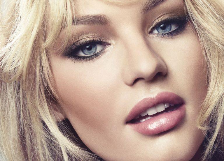 Золотистый новогодний макияж в стиле модели Кэндис Свейнпол