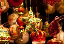 Как украсить дом на Новый год: эксклюзивные елочные игрушки от мировых брендов