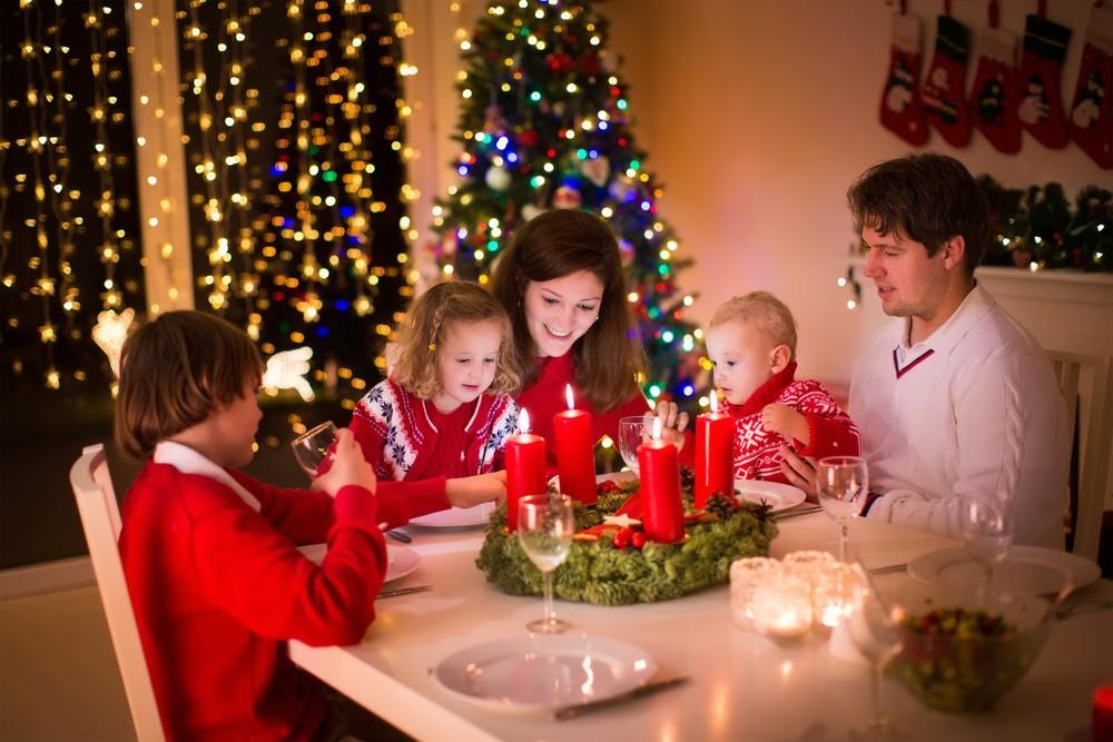 Встречать новый год в кругу семьи