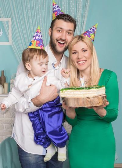 Дуэт Тамерлан и Алена с ребенком