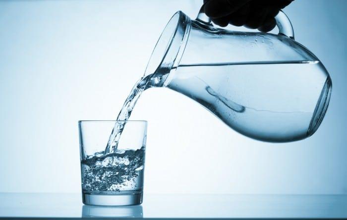 Пей много воды до застолья
