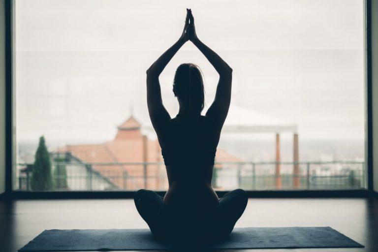 4 распространенных мифа о йоге