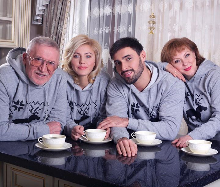 Виталий Козловский впервые показал всю свою семью