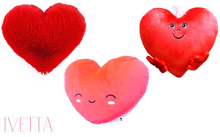 Подушка в форме сердечка