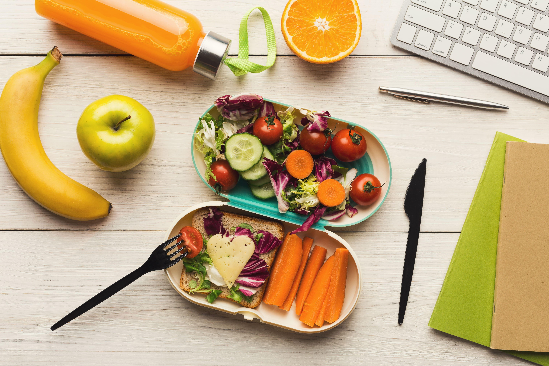 Лучшие продукты для офисного обеда