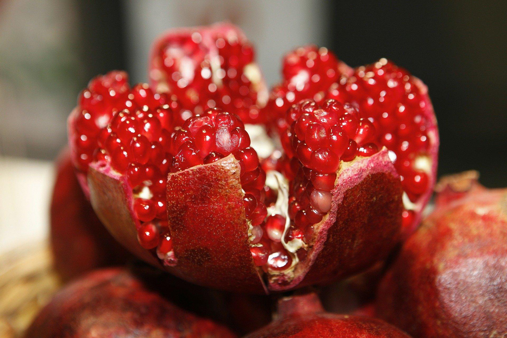 Не бери фрукты и ягоды с соком