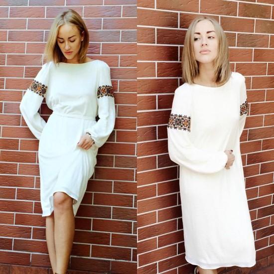 Белоснежное платье-миди с вышивкой от Ethno chic studio