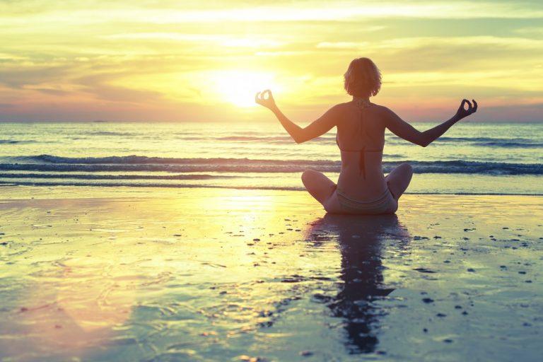 8 ступеней йоги, которые изменят твою жизнь