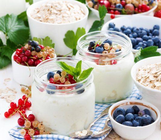 7 рецептов прекрасных домашних йогуртов с натуральными добавками