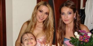 Ольга Сумська с детьми