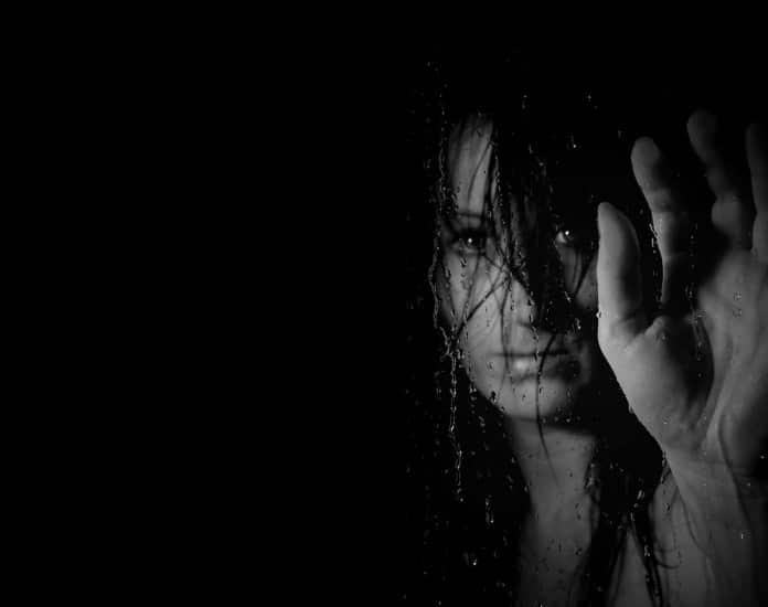 Остановите насилие над женщинами