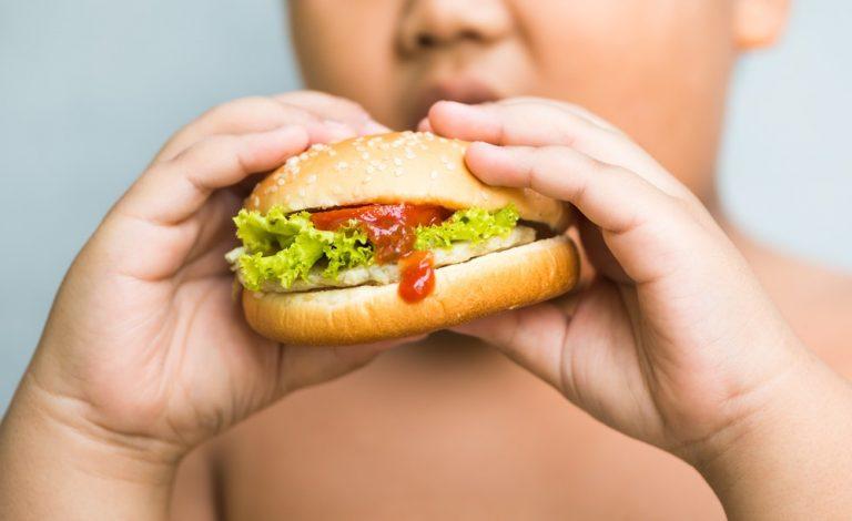 Почему у детей возникает лишний вес