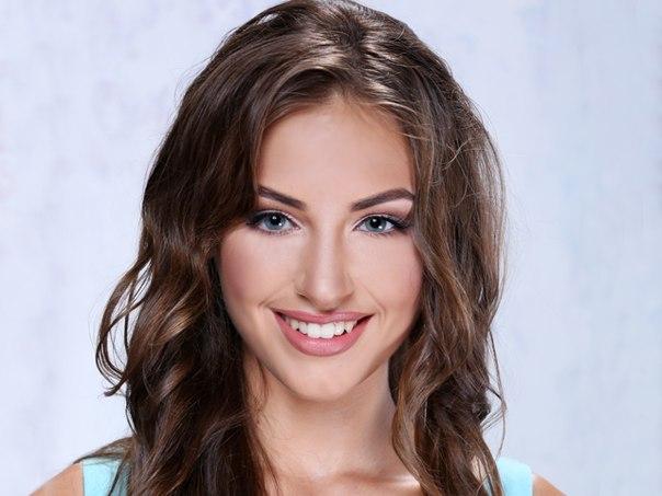 Алена-участница проекта Холостяк