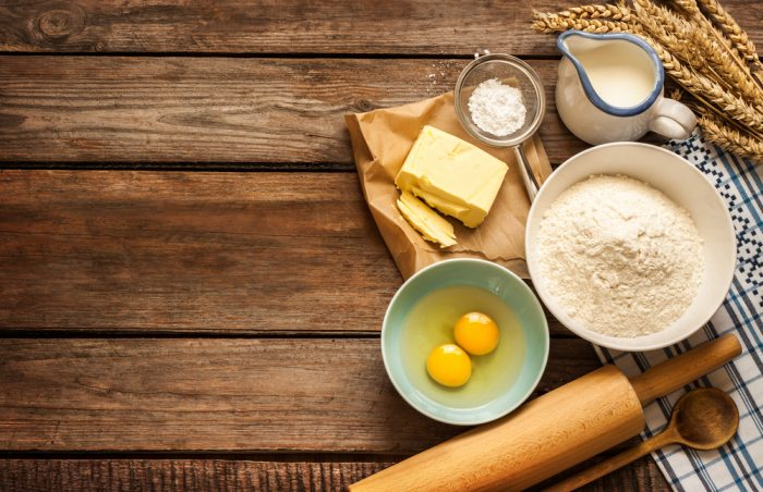 Масло,мука,сливки,яйца