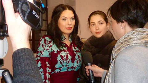 Влада Литовченко дает интервью