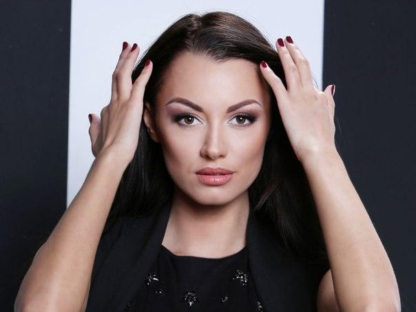 Наташа-участница проекта Холостяк