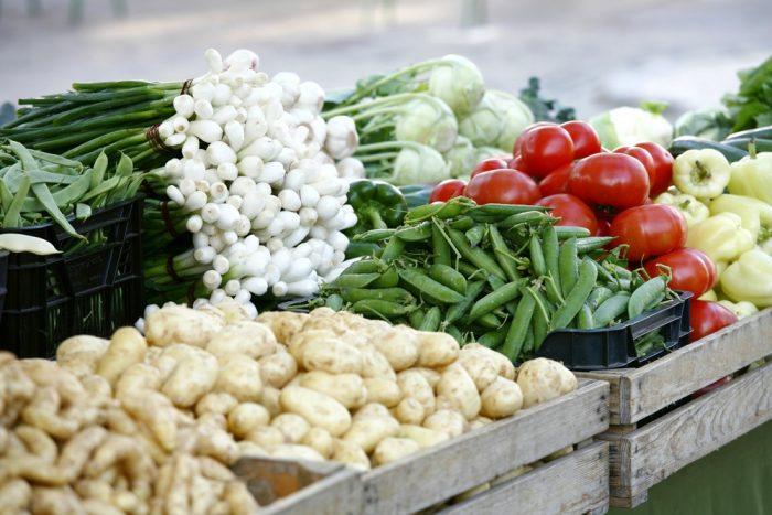 Органические продукты на рынке