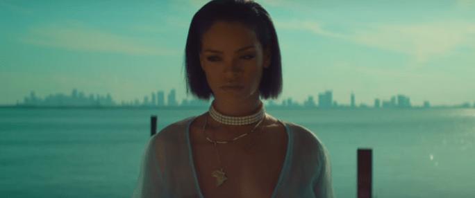 Рианна выпустила еще один «взрослый» клип — Needed me