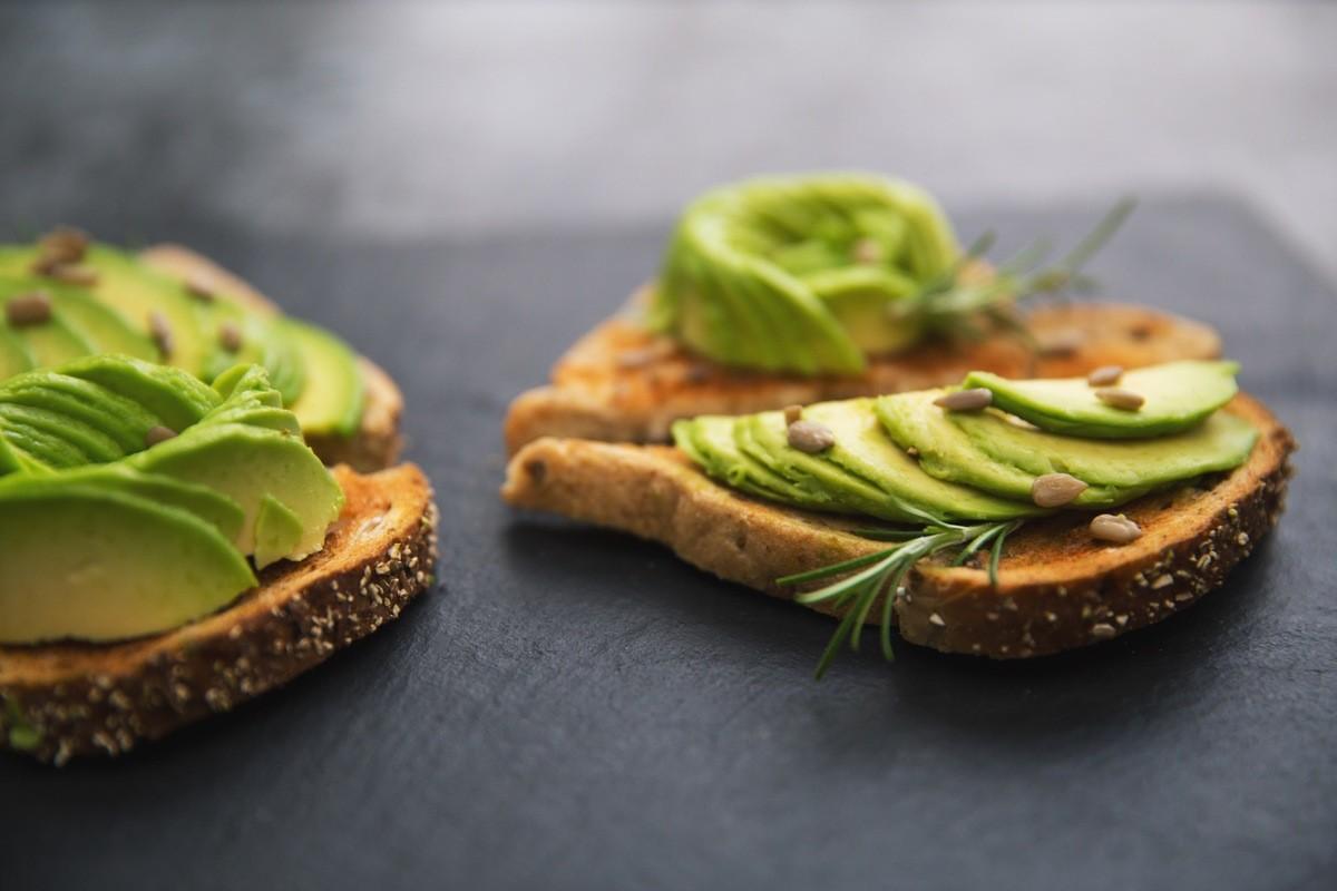 12 продуктов, которые сделают тебя привлекательнее авокадо
