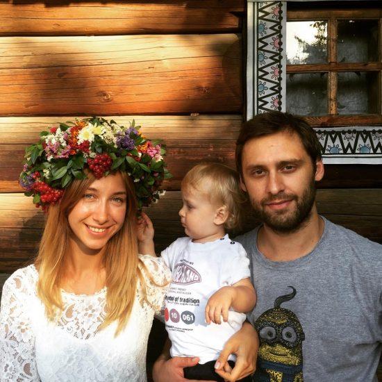 Анастасия - дочка снежаны Егоровой с мужем и ребенком