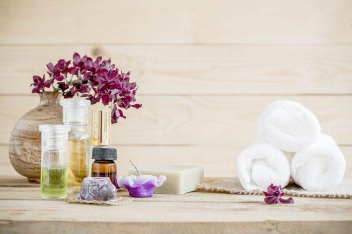 Масла для массажа возле орхидеи