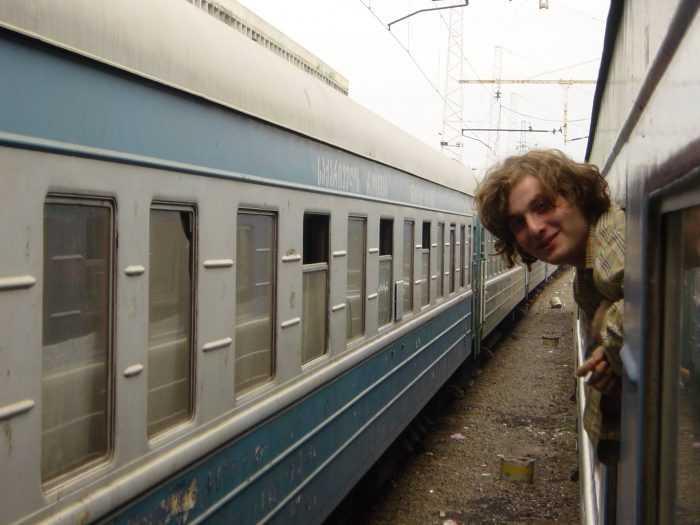 Ника Кочаров в поезде