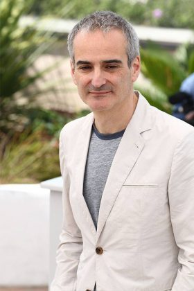 Оливье Ассаяс в белом пиджаку , Канны 2016
