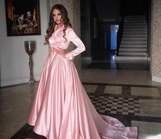 Алена Лесык стала иконой стиля для знаменитых девушек