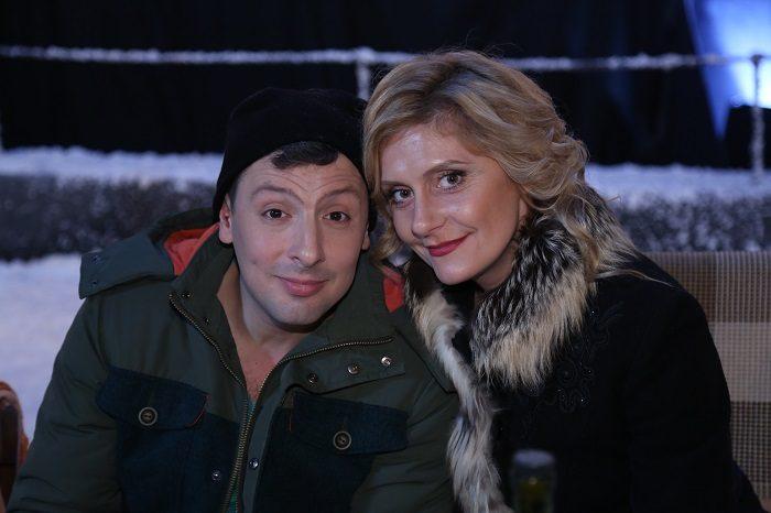 Героиня скетчкома «Коли ми вдома» Екатерина Кистень и Кирилл бин