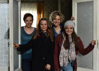 Ульяна, Света, Полина и Оля из сериала Наші пані у Варшаві