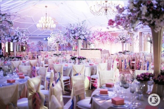 Зал для свадьбы в розовом цвете