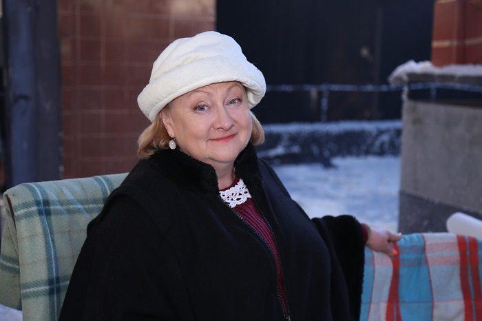 Актриса Коли ми вдома Татьяна Шелига в белой шапочке