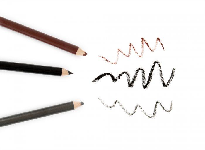 Черный, коричневый и серый карандаши